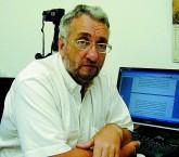 Paulo Saldiva é professor titular e chefe do Departamento de Patologia da FMUSP
