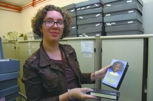 """""""Eu sou completamente apaixonada pelos arquivos"""", diz Elisabete Ribas, supervisora do IEB"""