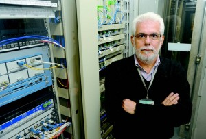 Os equipamentos de comunicação de rede da Universidade já estão preparados para receber a velocidade de 100 Gbps, segundo Jairo Filho