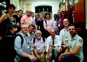 Garcia-Cairasco com palestrantes internacionais do Simpósio Internacional NEWroscience, em 2013