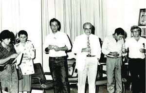 Brandão à esquerda, no lançamento da revista Estudos Avançados, em 1987