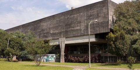 FAU – Faculdade de Arquitetura e Urbanismo